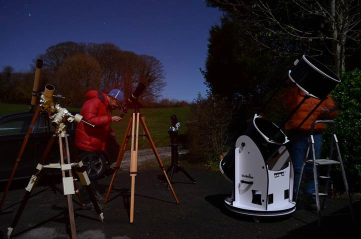 Beginner s guide to astronomical telescopes
